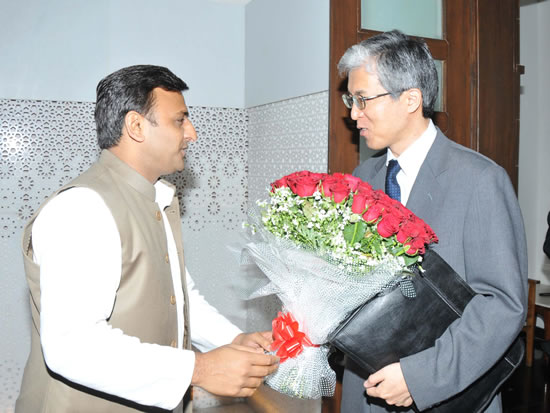 up-cm-with-japan-delegate1