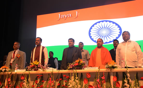 union-minister-shri-nitin-gadkari-with-up-cm-at-inauguration-of-lucknow-conferenceon-new-technology-for-road-construction-here-on-friday