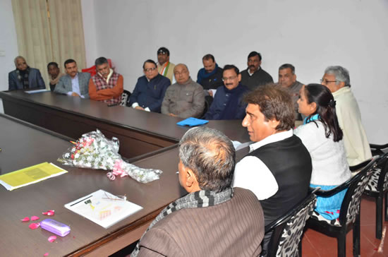 photo-meeting-of-deptt-cell-and-frontal-org-up-cong-today-13-jan